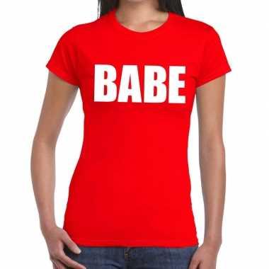Babe tekst t-shirt rood damescarnavalskleding