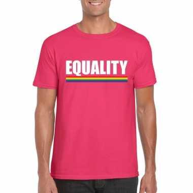 Equality shirt roze met regenboog vlag herencarnavalskleding