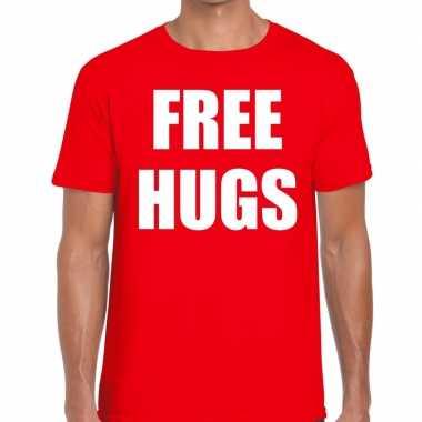 Free hugs tekst t-shirt rood herencarnavalskleding
