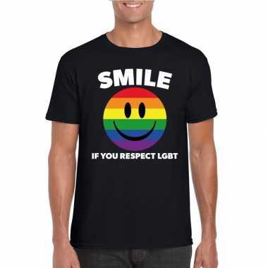 Smile if you respect lgbt emoticon shirt zwart herencarnavalskleding