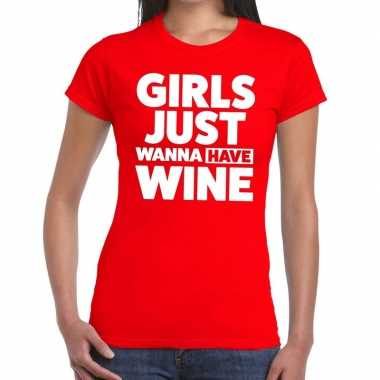 Toppers - girls just wanna have wine tekst t-shirt rood damescarnaval