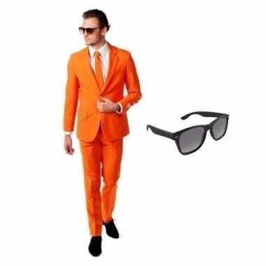 Verkleed oranje net heren kostuum maat 54 (2xl) met gratis zonnebrilc