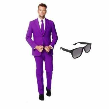 Verkleed paars net heren kostuum maat 48 (m) met gratis zonnebrilcarn