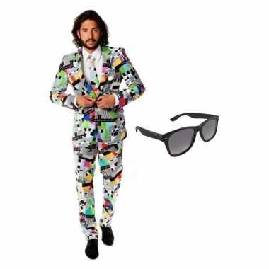 Verkleed televisie print heren kostuum maat 50 (l) met gratis zonnebr